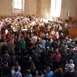 Stehende Ovationen für die tolle Leistung der über 100 jungen Musikerinnen und Musiker