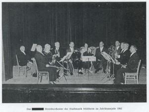 Das Streichorchester der Stadtmusik Müllheim im Jubiläumsjahr 1962